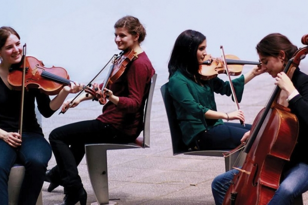 Quartetto Akilone and Alexander Ullmann
