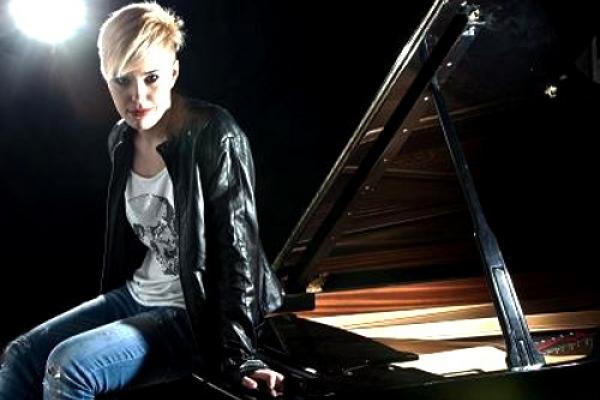 Giulia Mazzoni et le piano