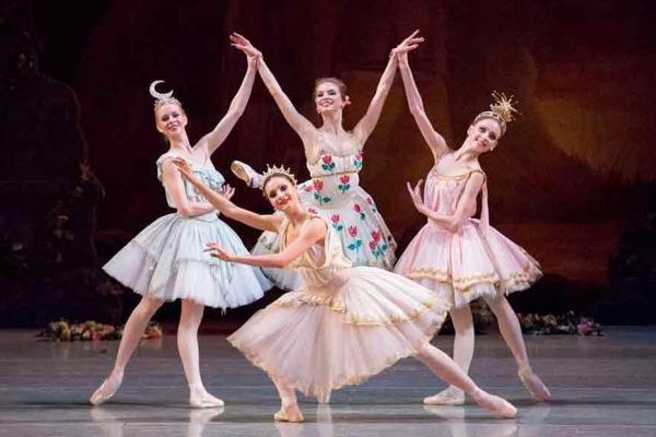 Romeo e Giulietta e Balletto dedicato al 200° anniversario di Marius Petipa